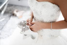 Dry Clean Wedding Dress A Guide To Wedding Dress Care