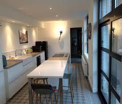 cuisine moderne dans l ancien cuisine moderne ancien cuisine avec verrire duintrieur with
