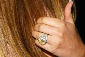 how to buy great diamond engagement rings dazzle price of diamond ring in delhi splendid