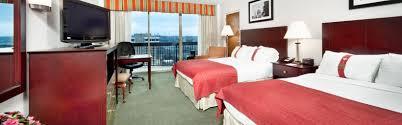 Dr Who Bedroom Holiday Inn Rosslyn Key Bridge Hotel By Ihg