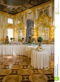the catherine palace cavaliers dining hall courtiers in