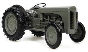 fergusson die cast te 20 vintage tractor scale 1 16 amazon co uk
