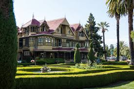 is the winchester mystery house really that mysterious