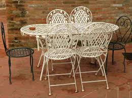 Outdoor Metal Patio Furniture How To Paint Metal Patio Furniture Diy Painting Tips