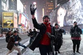 winter juno new york mayor bill de blasio defends decision