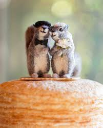 squirrel cake topper cj and adrien s influenced southern wedding martha