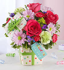 birthday bouquet birthday flowers bouquets flower arrangements 1800flowers