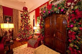 living rooms decorated for christmas 24 wall living room decorating ideas for christmas 24 spaces