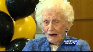 singing telegram fort worth 105 year woman receives singing telegram for birthday