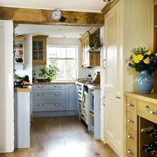 Small Country Kitchen Designs Small Country Kitchens Room Image And Wallper 2017