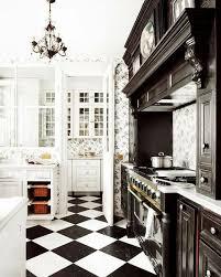 carrelage noir et blanc cuisine cuisine noir et blanc design avec mur en carrelage m tro newsindo co