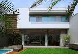 Contemporary House Design by The Interaction Between Spaces Contemporary House In Lima By