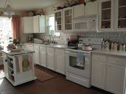 what color appliances go best with white kitchen cabinets stylish kitchens with white appliances they do exist
