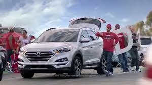 hyundai commercial actress with football 2016 hyundai tucson nfl sponsorship d gate commercial
