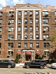 One Bedroom Apartment Queens by A Queens Apartment With Room For 18 Guitars The New York Times