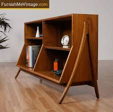 Wood Bookshelves Designs by Best 25 Modern Bookcase Ideas On Pinterest The Modern Nyc