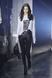 Hit The Floor Runway Walk - 32 best bella hadid runway images on pinterest fashion show