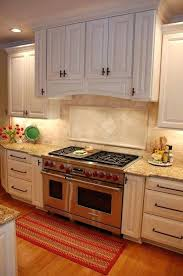 kitchen travertine backsplash best 25 travertine backsplash ideas on brick tile