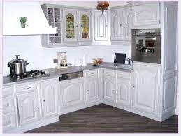 peindre sa cuisine en peinture meuble cuisine chene affordable peinture meuble cuisine