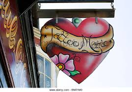 tattoo shops stock photos u0026 tattoo shops stock images alamy