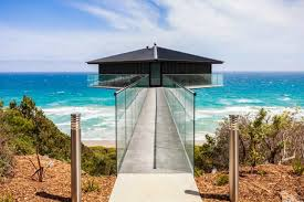 beach houses 10 crazy cool beach houses around the world tower magazine