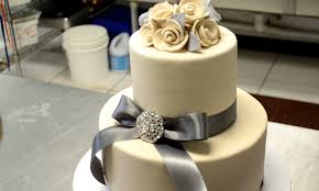 wedding cake simple a simple but wedding cake for all of you brides to be