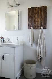 diy bathroom decorating ideas best 25 diy bathroom decor ideas on pinterest apartment realie