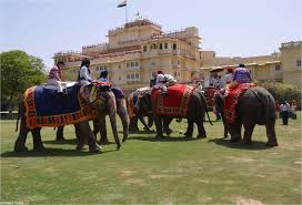 maharajas express luxury train itinerary gems of india