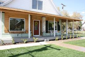 Ranch House Front Porch by Houses Comely Ranch Style Front Porch Decoration Ideas Using Oak