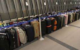 united baggage united express has major baggage issues at denver airport the