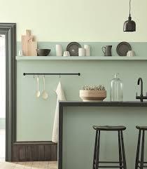 exemple de cuisine repeinte 1001 idées déco charmantes pour adopter la nuance vert céladon