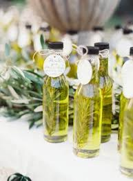 olive wedding favors olive favors with avery jar labels favors and jar