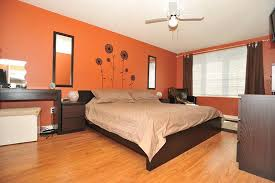 laminate flooring bedroom