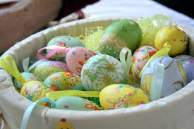 decorative eggs that open file decorated easter eggs in basket march 2008 jpg wikimedia