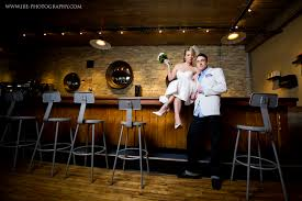 wedding venues milwaukee weddings at anodyne in milwaukee jenniferbrindleyphotography