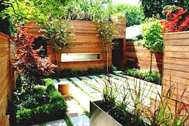 collection small space backyard landscaping ideas photos best