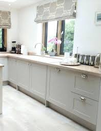 shaker kitchen ideas shaker cabinet door knobs best shaker style kitchens ideas on grey