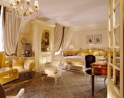 Luxury Bedrooms by Saga Le Meurice Partie Trois L U0027art Du Sejour Bedrooms