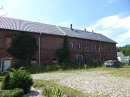 Haus Oder Wohnung Zu Kaufen Gesucht Grosses Grundstück Mit Gebäude In Podelwitz Zu Verkaufen
