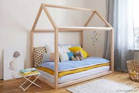 cabane pour chambre lit cabane enfant quel modèle choisir pour votre enfant