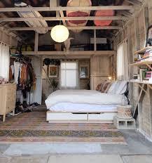 am駭ager un garage en chambre aménagement garage en chambre clem around the corner