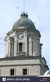 tour de bureau tour de l horloge de l ancien bâtiment du bureau de poste dans la
