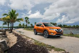 nissan altima us news 2017 nissan rogue first look review motor trend