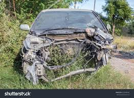 wrecked jeep grand cherokee old damaged rusty car wreck abandoned stock photo 523248568