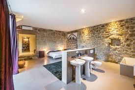 schlafzimmer mit bad schlafzimmer badezimmer kombiniert speyeder net verschiedene