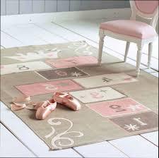 ikea tapis chambre décoration tapis chambre fille ikea 27 bordeaux 03370712 modele