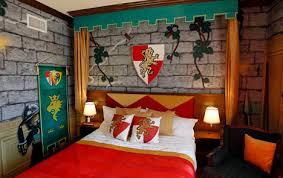 chambre chevalier décoration chambre garcon chevalier 82 argenteuil munich 1860