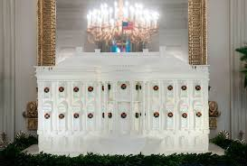 how the trumps decorated the white house for the 2017