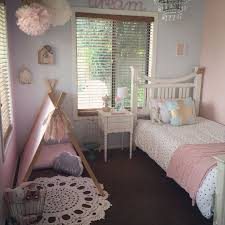 Best  Small Girls Rooms Ideas On Pinterest Small Desk For - Ideas for small girls bedroom