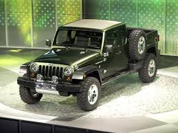 Jeep Gladiator Photos Photogallery With 13 Pics Carsbase Com